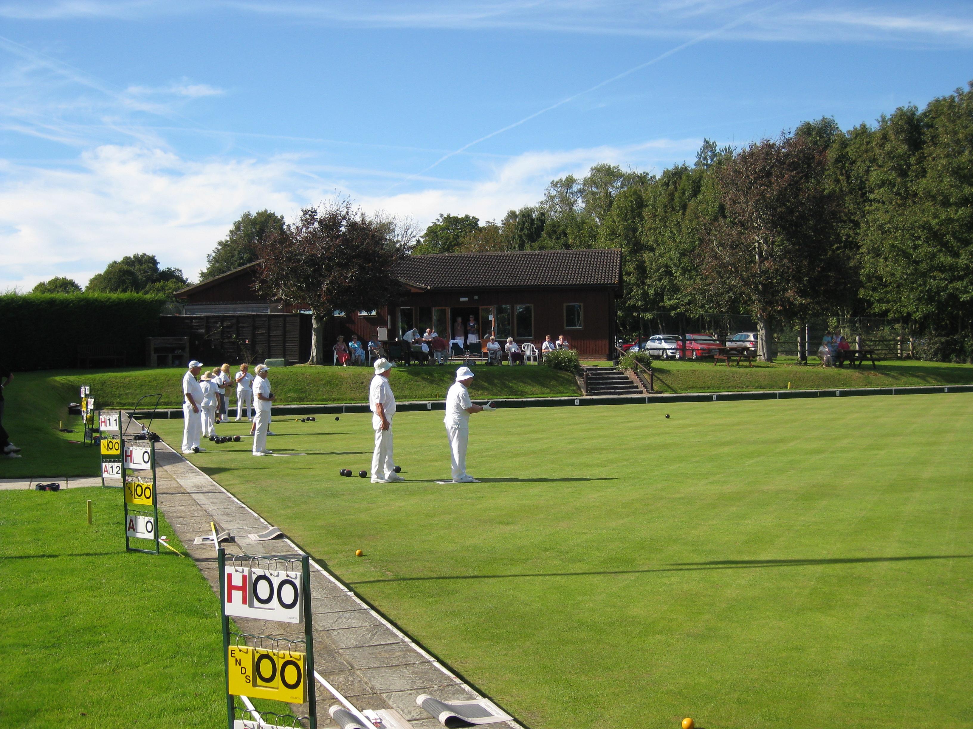 Bowls Game at BuxtedPark